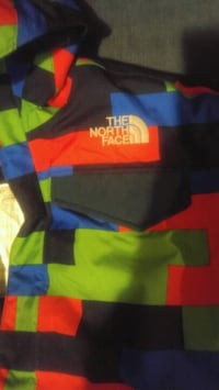 Boys Size 10/12 NORTH FACE COAT
