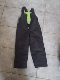 Snowpants size 5 hotpaws