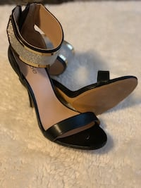 Women's Shoes size 9 Lawrence, 01841