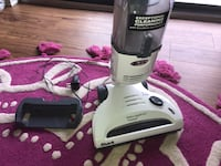 white and black Shark upright vacuum cleaner 盖瑟斯堡, 20878