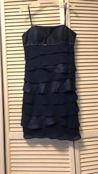 Navy Party Dress. Size 6P Fort Washington, 20744