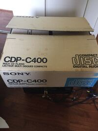 Sony CDP-C400 5 CD Player/Changer Annandale, 22003