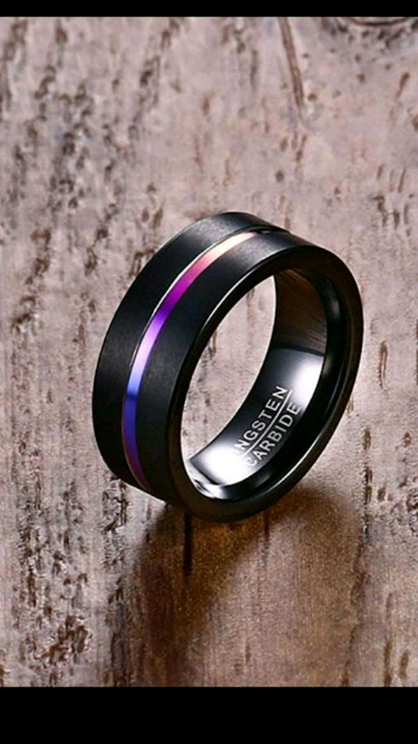 New tungsten carbide ring black and colored stripe