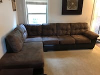 Large sectional Milton, 32570