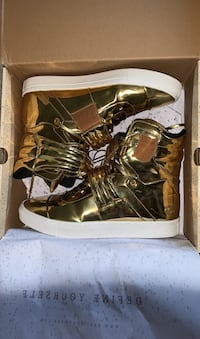 Hightop GOLD SHOES District Heights, 20747