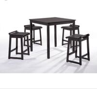 Table with four bar stools Delta, V4C 1H3