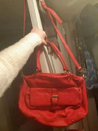 NWOT Maxx Studio Red Leather Hand/Shoulder Purse Vancouver