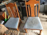 Two dining chairs Arlington, 76012