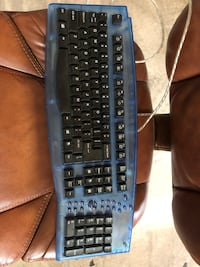 Blue Keyboard with 10 Key - great condition! Baltimore, 21230