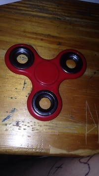 red fidget hand spinner Moncton, E1A 1X2