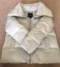 Women's talbots puffer coat size small. zip up puffer collar Schaumburg, 60193