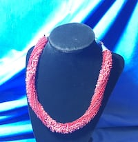 Red statement necklace 20% off!!