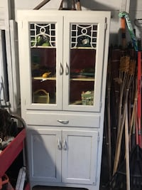 White wooden framed glass display cabinet Oaklyn, 08107