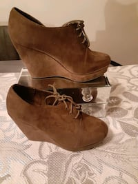 Wedge swede shoe 8 forever 21