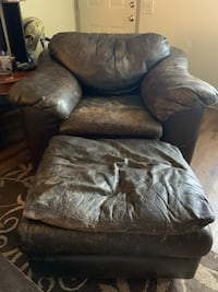 Brown leather chair and ottoman Salem, 97302