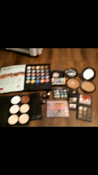 Very good condition make up