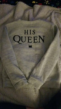gray His Queen-printed sweater University Place, 98466