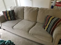 Sofa w/ pull out bed and mattress Alexandria, 22314