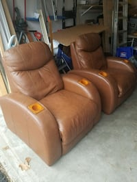 Recliners  Ashland, 01721