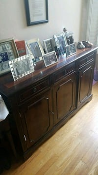 solid wood buffet Vaughan, L4J