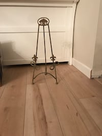 Picture tabletop Display Easel 2ft tall fluer de lis very French Randolph, 07869