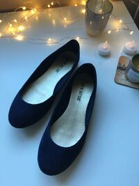 Navy Suede Flats 6.5 Mississauga