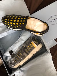 Prada Womens Slip on Size 39.5 Washington, 20019