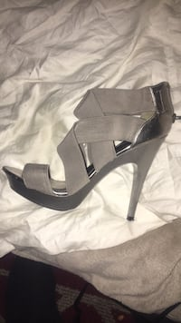 Gray and black leather platform stiletto Winnipeg, R3L 2A8