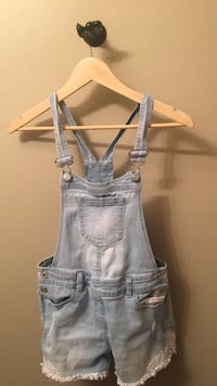 white trim bleached overall jean shorts Red Deer, T4R 0J2