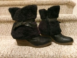 Worn One Time Size 8 Leather/Fur BareTrap Bootie