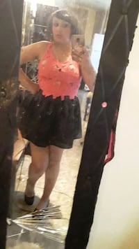 Pink top and black skirt with pockets San Antonio, 78240