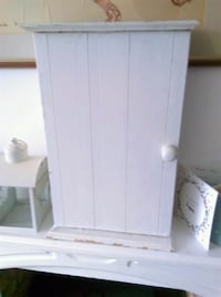 Used French-Style Shabby Chic Bathroom Cupboard - White for sale in on shabby chic bathroom window curtains, shabby chic bathroom sink, shabby chic bathroom cabinets, shabby chic bathroom wall art, shabby chic bathroom colors, shabby chic bathroom shelves,