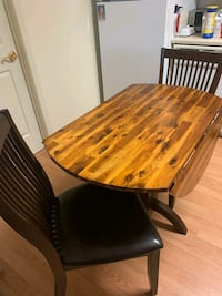 Round Wood Drop Leaf Table and Chairs