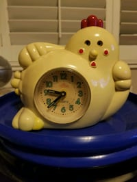 Vintage chicken clock El Monte, 91732