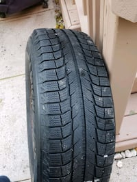 235 70 R16 MICHELIN X ICE SNOW TIRES 5 BOLT PATTERN $500 or best offer Hamilton