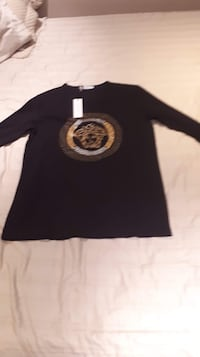 Versace long sleeve  St Catharines, L2M 5P7