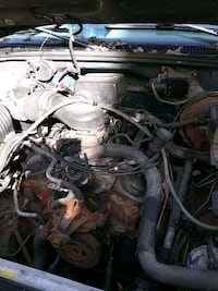 Chevy 5.7 L (350 CID) ZZ4 Crate Engine