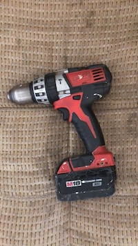black and red Milwaukee cordless drill Yuma, 85364