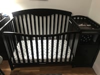 Baby crib w  changing table New York, 11217