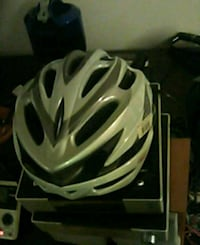 white and black bicycle helmet West Des Moines, 50265