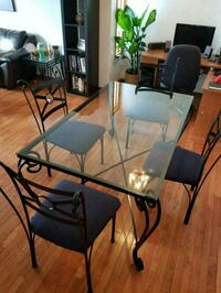 Glass Dining table  Calgary, T3R 0C1