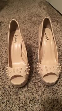 Shoes Howell, 48843