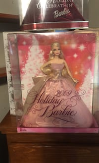 Holiday Barbie  Humble, 77396