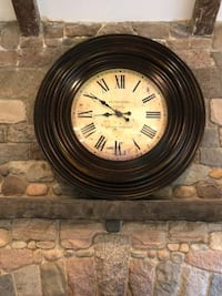 Rutherford Clock, London, England 38in Diameter 3ft 2in diameter  Like New  Westport