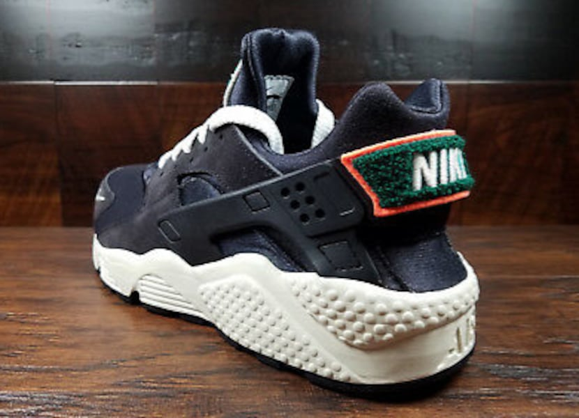 Nike Air Huarache Run Oil Grey Rainforest 2