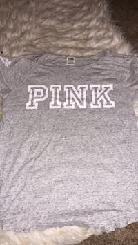 women's gray and white Pink by VS crew-neck shirt Stockton, 95219