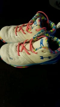 Kids under armour shoes Emmitsburg, 21727