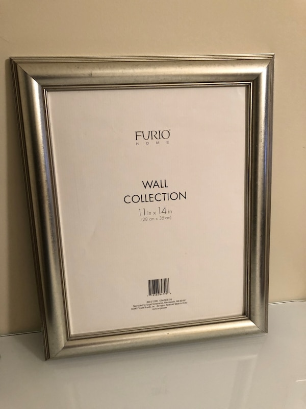 Silver picture frames 11x14 (2 Qty) $10 each
