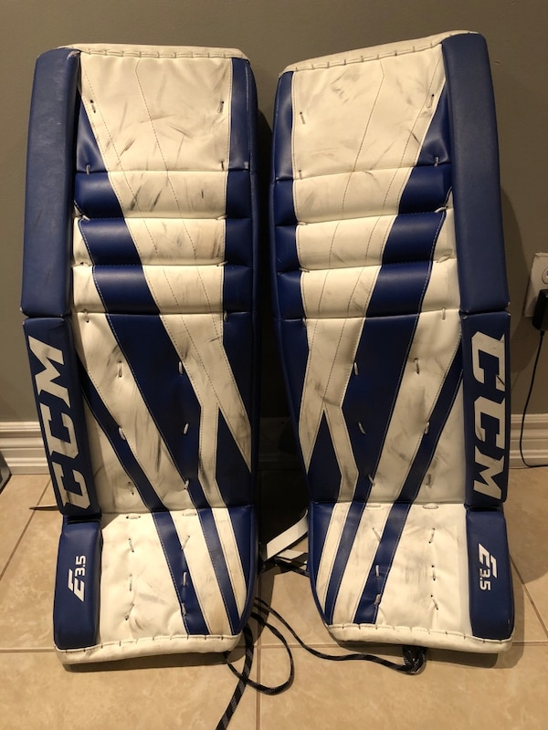 CCM Blue & White Goalie Pads (31+1)