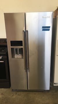 """36"""" kitchen Aid side by side stainless steel refrigerator new Concord, 94520"""